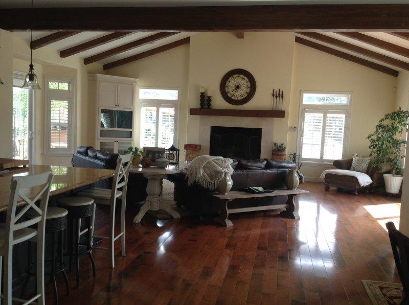 mc-kays-painting-wood-floor-refinishing